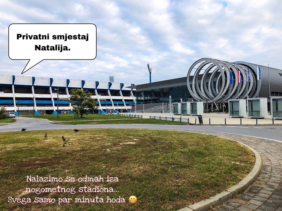 Nalazimo se odmah iza Nogometnog stadioa nk Osijek te sportske dvorane Gradski vrt Povoljan smještaj u Osijeku, Besplatan parking - Besplatna konzumacija kava/caj #SmjestajNatalijaOsijek #hotel #sobe #rooms #smjestaj #osijek